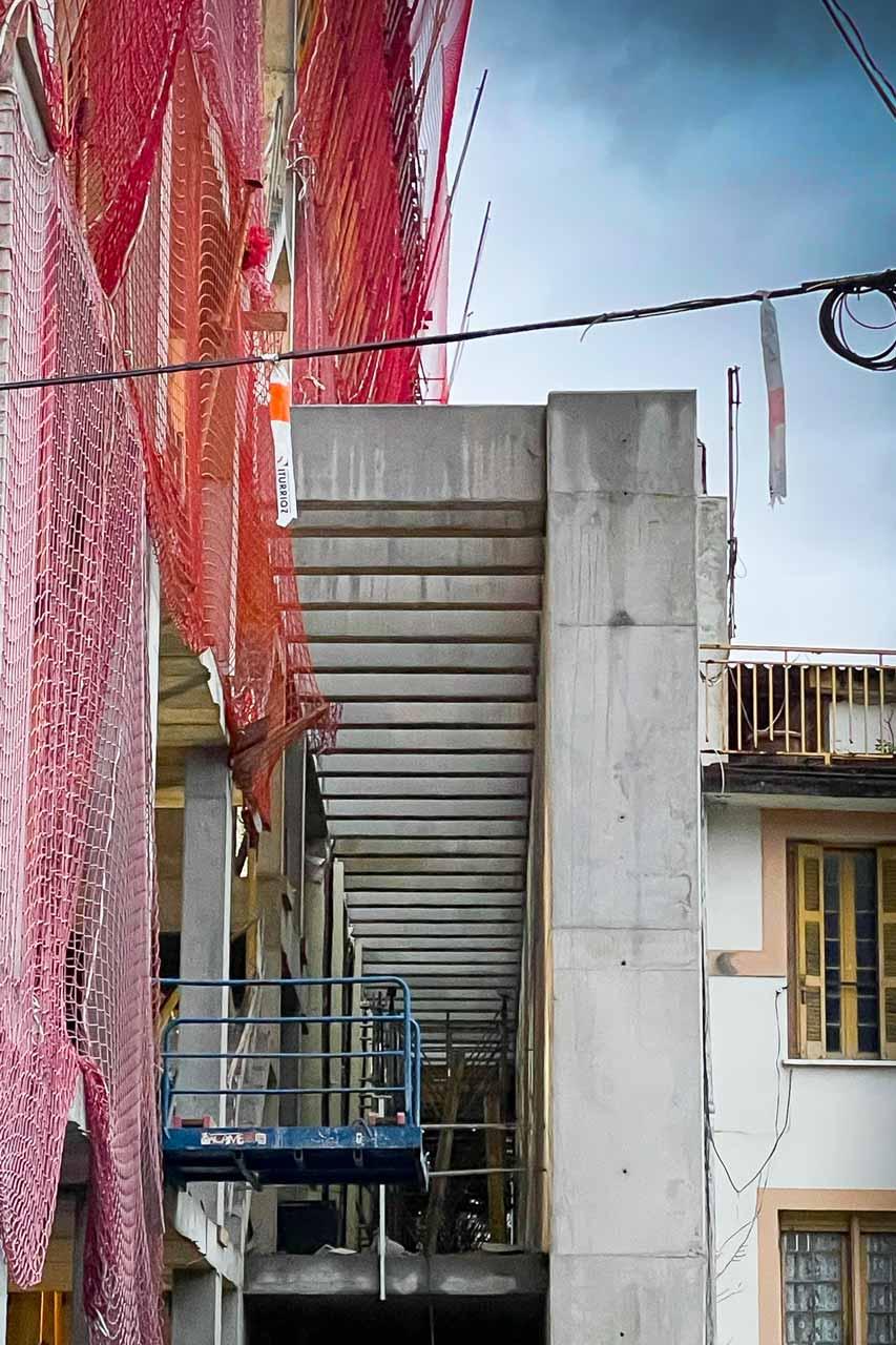 Construcción de Ikastola, Estructura