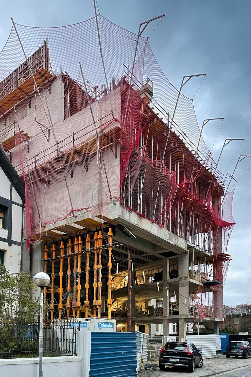 Construcción de Edificio dotacional