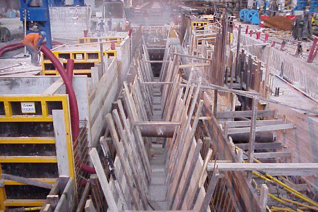 Movimientos de tierra y excavaciones para el sector industrial
